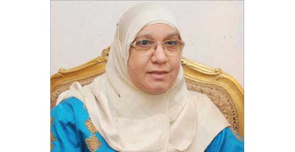 الدكتورة منال أبو الحسن، أمينة لجنة المرأة بحزب الحرية والعدالة - المصدر: جريدة الشرق الأوسط