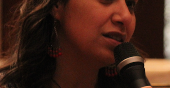 منع الناشطة النسوية والمدافعة عن حقوق الإنسان مزن حسن من السفر